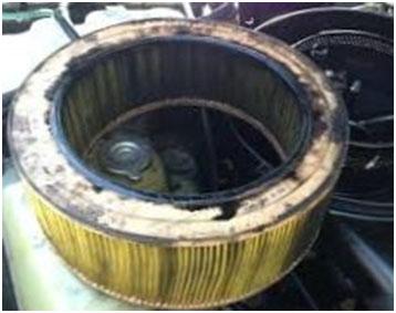 Почему появилось масло в воздушном фильтре?