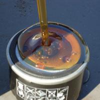 Выполняя замену масла, нужно ли заливать масло в фильтр?