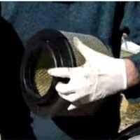 Как снять воздушный фильтр?